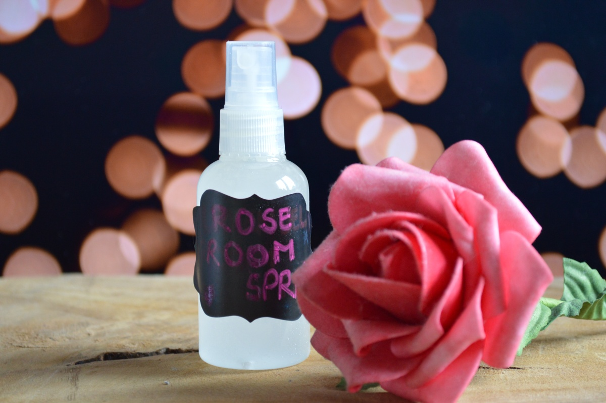 DIY Rose room spray